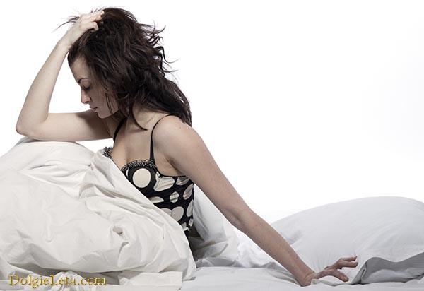 женщине не заснуть от сресса