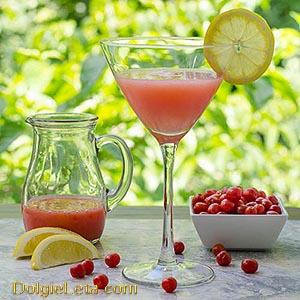 ягоды годжи с коктелем