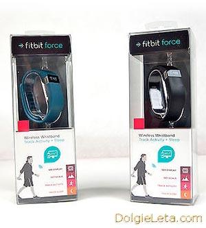 шагомеры браслеты  fitbit force в упаковке стоимостью примерно 6000 рублей