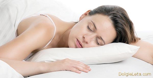прекрасный ночной женский сон без храпа