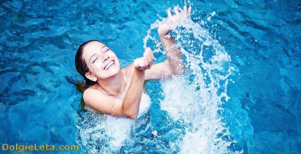 Аквааэробика и упражнения в бассейне - водные тренировки
