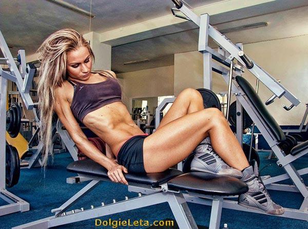 Как похудеть в спортзале девушке: программа тренировки.