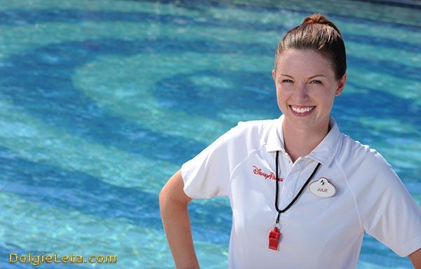 Необходимо учиться плаванию под руководством тренера