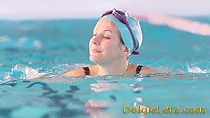 Польза плавания в бассейне для любого возраста и пола.
