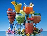 Фреши в бокалах, как пить свежевыжатые соки