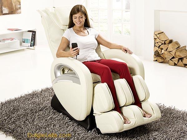 Классическое массажное кресло для дома Casada Bismarck 2 белого цвета - цена, отзывы.