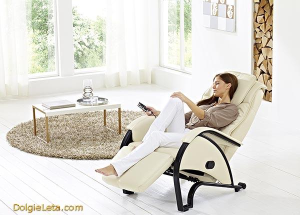 Стильное массажное кресло для дома Casada Senator 2 - фотография, цена.