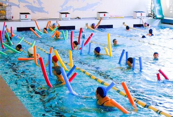 Занятия по акваэробике в  бассейне Петроградец в СПб.