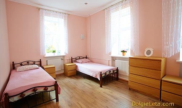 """Пансионат для пожилых людей с уходом и восстановительным лечением """"Приморский""""- фото комнаты."""