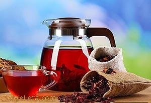 Каркаде: полезные свойства чая и противопоказания к употреблению напитка.