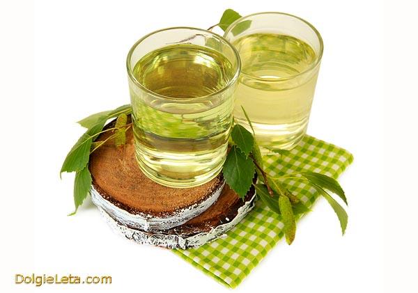 Полезные свойства березового сока и противопоказания к употреблению.