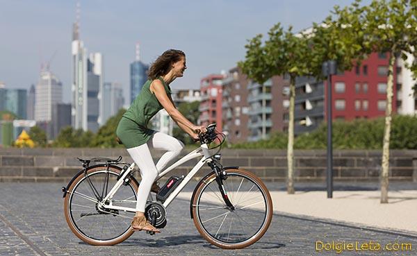 Польза езды на велосипеде для похудения для женщин и мужчин.