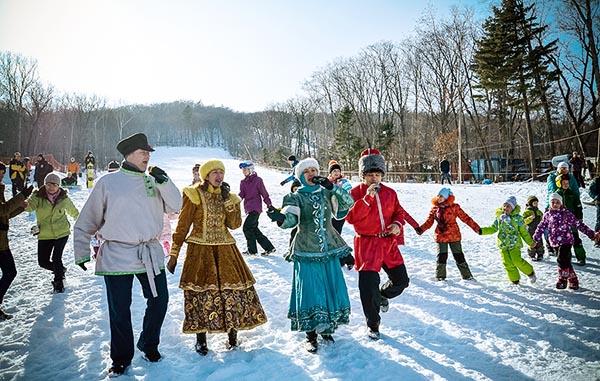 Народные гуляния в новогодние праздники и каникулы.