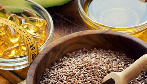 Как правильно принимать льняное масло для похудения и чем оно полезно